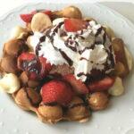 Easy Bubble Egg Waffle Sundae Dessert Recipe
